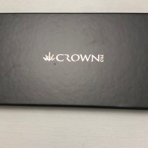 Other - Crown Pro eyeshadow palette